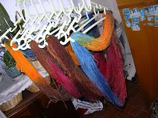 O que me mima...tingir lã.
