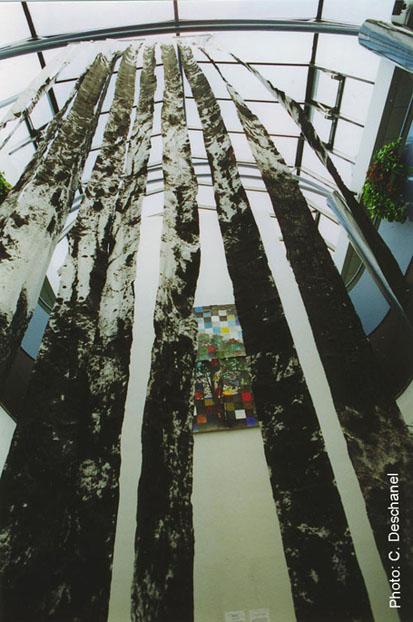 YGGDRASILL (Installation - 2001)