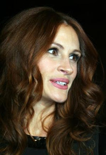 Julia Roberts chosen new face of Lancome