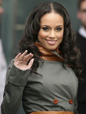 Alicia Keys pregnant with her 1st child