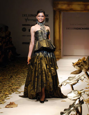 Deepika Padukone -Delhi Fashion Week