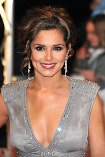 Cheryl Cole gives away jewellery gifted by Ashley