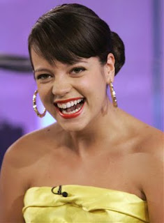 Lily Allen takes help to cope with depression