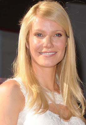 http://hot-photo-collection.blogspot.com/2011/01/gwyneth-paltrow-hollywood-walk-of-fame.html