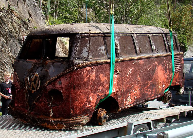 Just A Car Guy 1957 Deluxe Vw 23 Window Bus Pulled From A Lake In