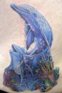 golfinho fundo do mar tattoo