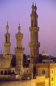فجرك يا مسجدي قريب