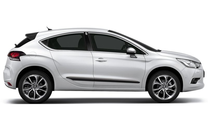 Citroen Ds4 Interior. For interesting topics this model Features a high-riding five-door hatch, is going apr rider review Citroen+ds4+interior Used car pictures of five refined