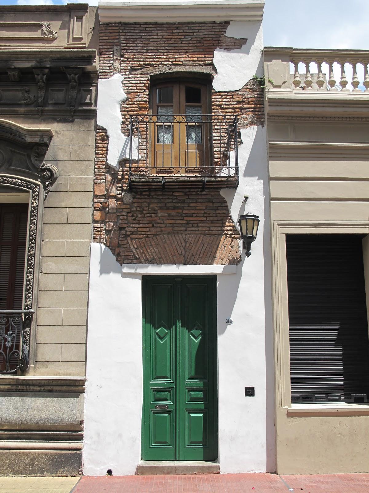 Edificios y monumentos de buenos aires enero 2011 for Casa minima
