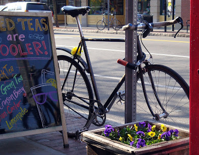 singlespeed with a flower