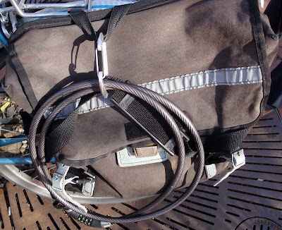 carabiner clip on a Carradice bike bag