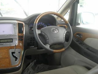 Toyota Alphard Steering Wheel