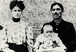 johnnie (bradley) bizzell, john shelby bizzell and thelma lee ( bizzell ) taylor ( baby )