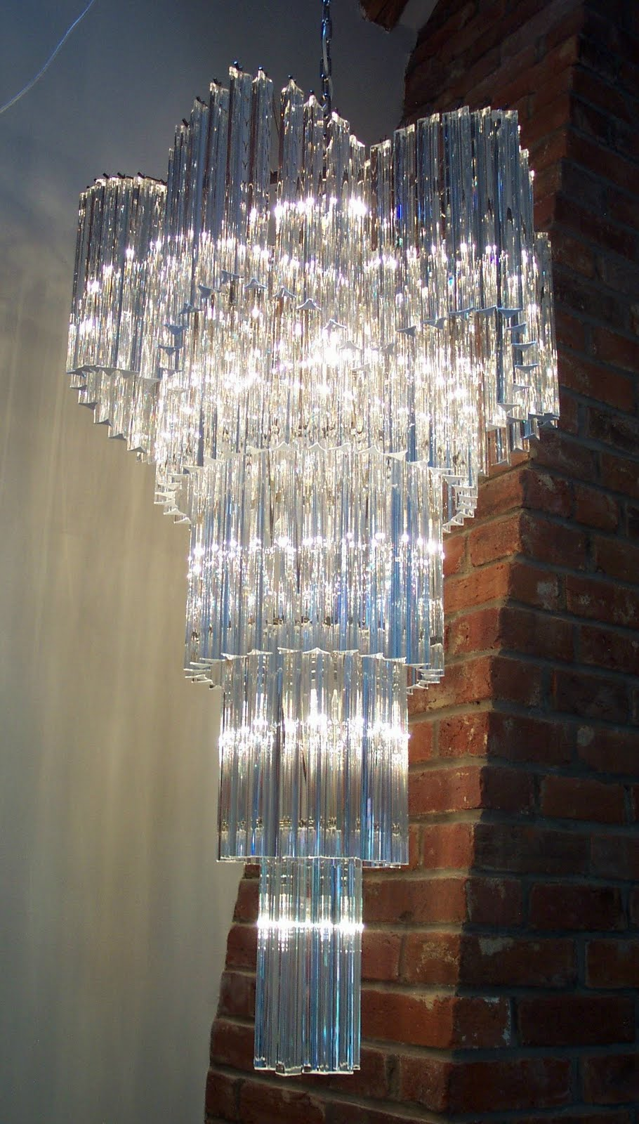 20thCenturycollectablescouk – Giant Chandeliers