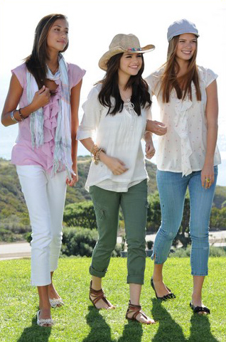 selena gomez dream out loud spring. Selena Gomez was recently spotted doing the photo shoot for her Dream Out