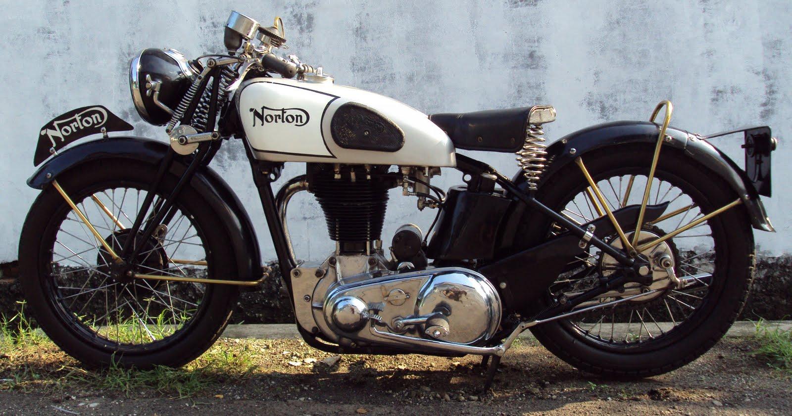 Vintage norton motorcycles april 2010 for The norton