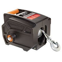 Master lock portable Winch 2953AT for pulling tasks