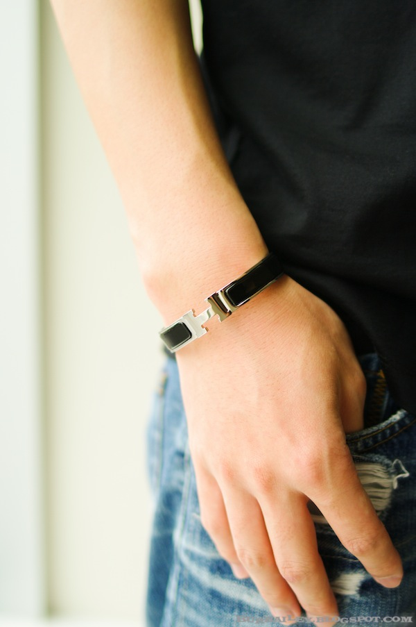 mr burbailey hermes remedies crave 4 temps click h narrow bracelet. Black Bedroom Furniture Sets. Home Design Ideas
