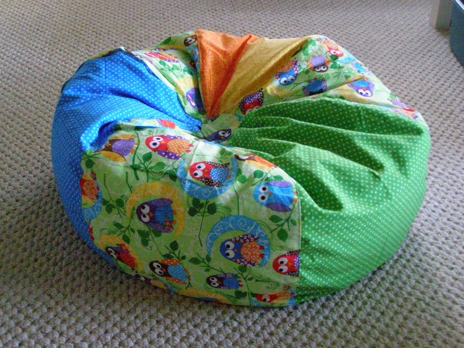 bean bag chair homemade by lynn. Black Bedroom Furniture Sets. Home Design Ideas