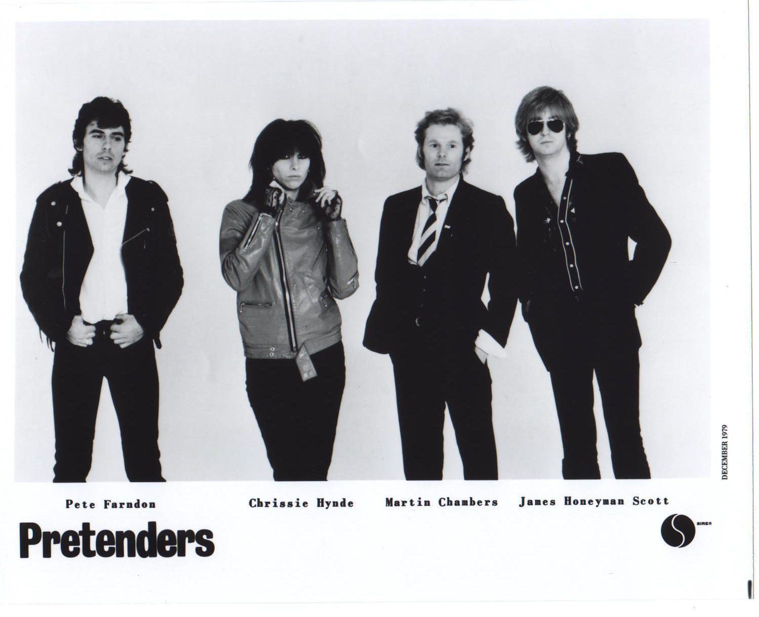 The Pretenders: Watching The Clothes