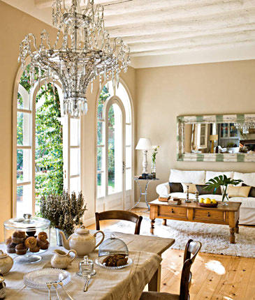 Design lily living rooms to die for for Dormitorio luis xvi
