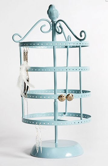 claremont road jewelry stands