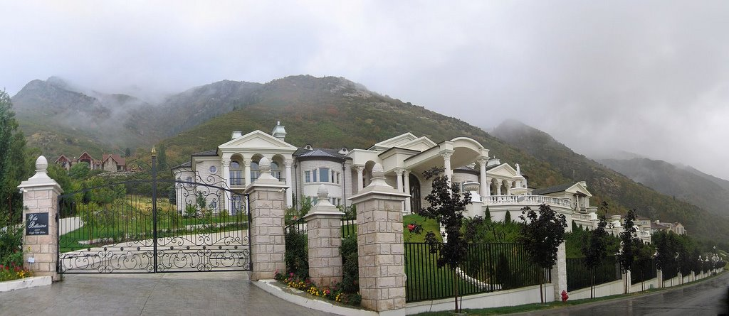 A look at utah mega mansions homes of the rich Cost to build a house in utah