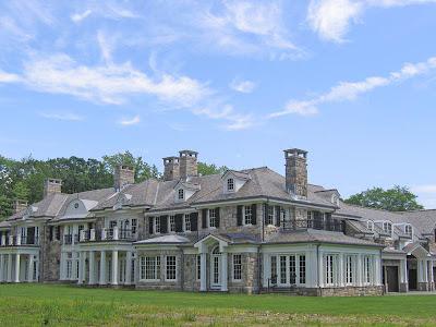 Lake Carrington Estate Back on the Market