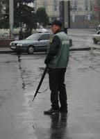 парковщик с ружьем