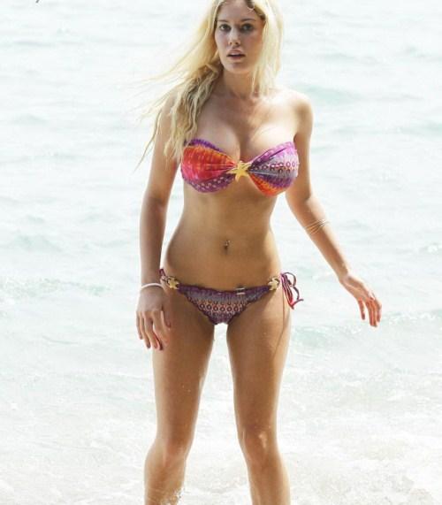 heidi montag looks in bikini cute stills