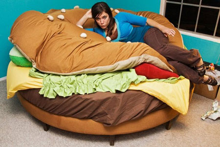 Hamburger Shaped Bed