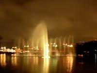 噴水のライトアップショー