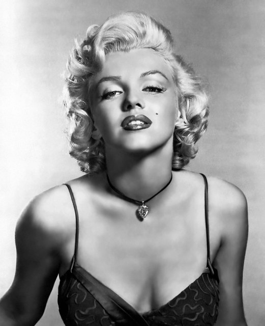 Love Those Classic Movies In Pictures Marilyn Monroe