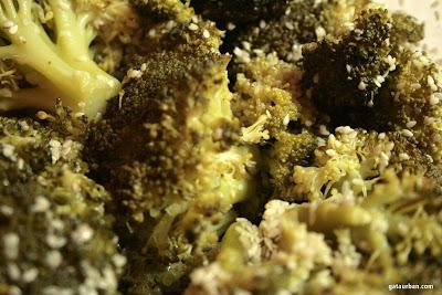 броколи със сусам