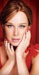 ...mas glamour pra ti, temos agora esmaltes e tudo para sua manicure...