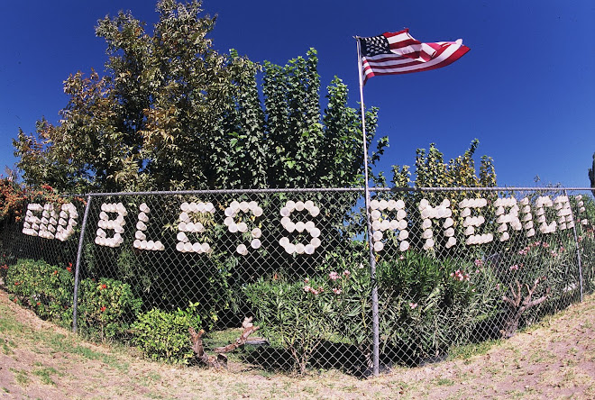 Spelling out Faith and Patriotism in Styrofoam: Niland, California