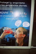 INTERVENCION en publicidades de las calles de Paraná(2007)