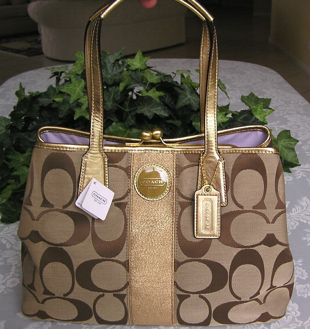 Coach 13533 Signature Carry-all Khaki​/Metallic Gold