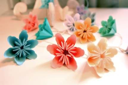 Flower Deals on How To Make Origami Flowers    Thelobbyhobby