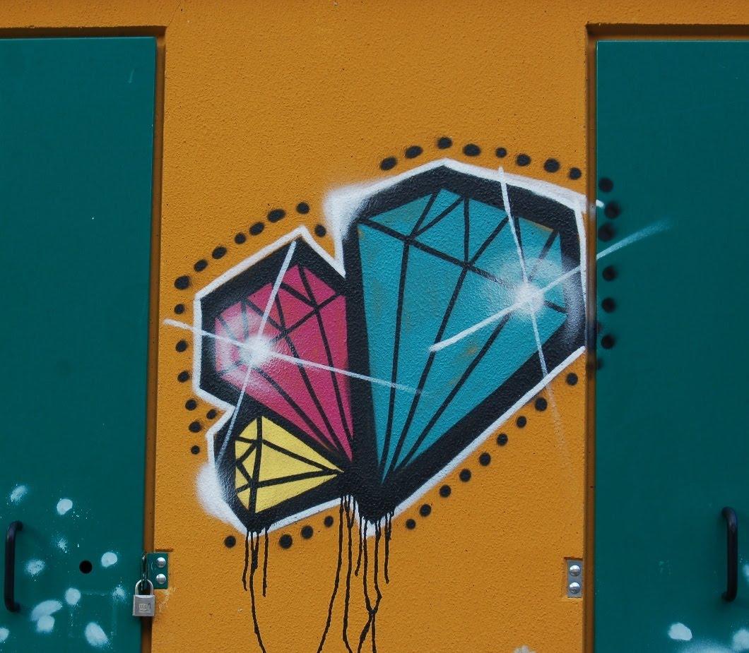 http://4.bp.blogspot.com/_iviX7hsmDBI/TJvh9eB995I/AAAAAAAAC4Y/4Ytq_5cN0Wo/s1600/GraffitiPurullena.JPG