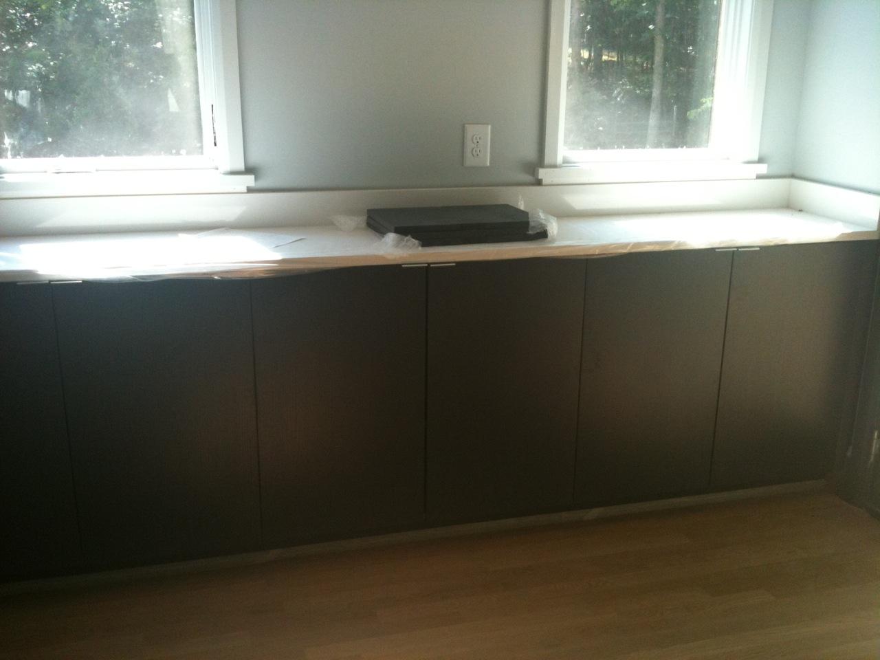 Rift Cut Oak Cabinets