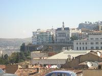 Balade Cirtéenne : depuis le haut des 'S', face au miusée, l'APC de Constantine