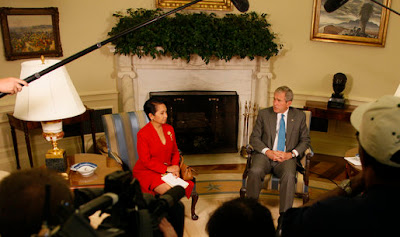 Gloria Arroyo with George W. Bush