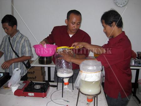 ... Mesin Mie - Cara Membuat Mie Mesin Keripik Buah - Cara Membuat Keripik