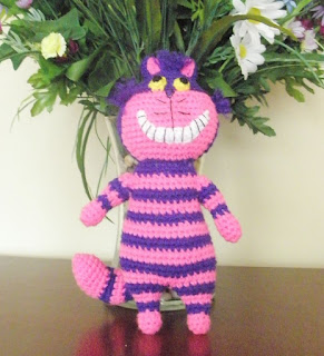 Cheshire Cat Amigurumi from Alice in Wonderland