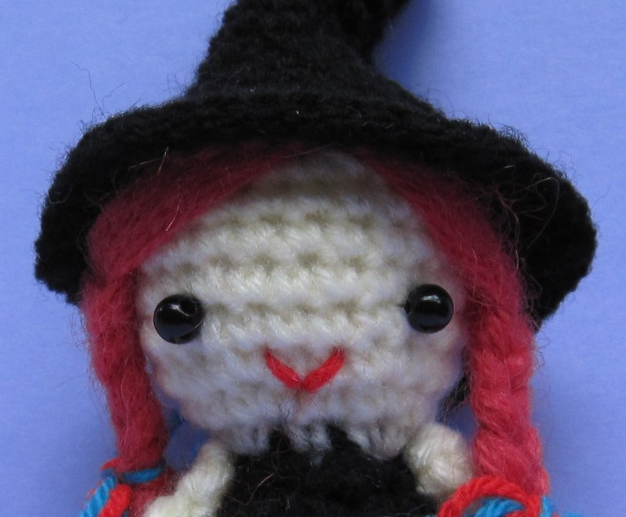 Craftdrawer Crafts: Crochet a Witch Halloween Throw Free Pattern