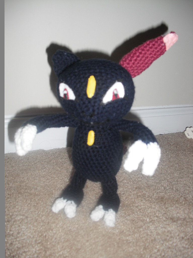 2000 Free Amigurumi Patterns: Sneasel (Pokemon)