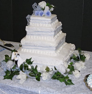 wedding cake disasters  and the cake received.