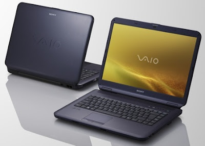 Sony Vaio CS si Vaio NS cu Blu-ray black notebook