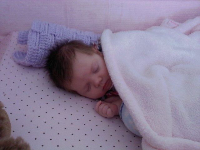 Nevaeh Grace 1m1w2d Napping In Crib